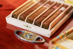, Useful Accessories That Every Cigar Lover Should Own, Saubio Making Wealth