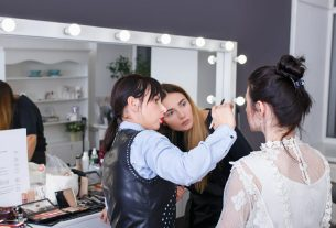 , 3 Reasons People Enter into a Career in Cosmetology, Saubio Making Wealth