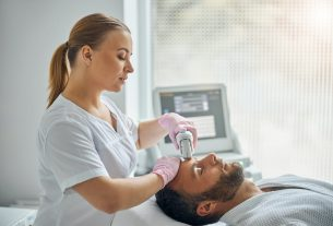 , Career Options to Consider as an Esthetician, Saubio Making Wealth