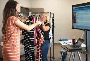 , Livestream Selling Is 'QVC on Steroids,' and It Turned This Alabama Startup Into a Billion Dollar Business, Saubio Making Wealth