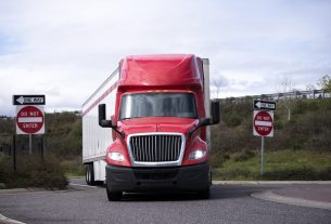 , Truck Accidents: How They Happen And How To Avoid Them, Saubio Making Wealth
